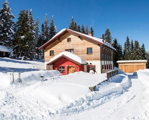 Hütte auf der Kampsteiner Schwaig